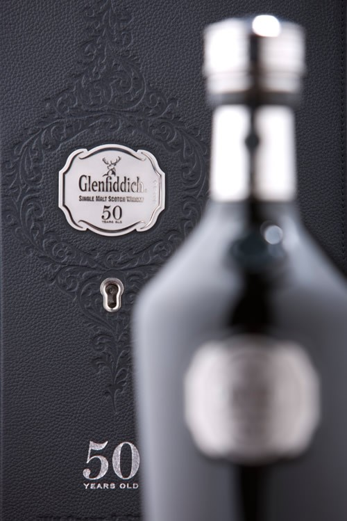 glenfiddich-50yr-old-product-extra-image-3