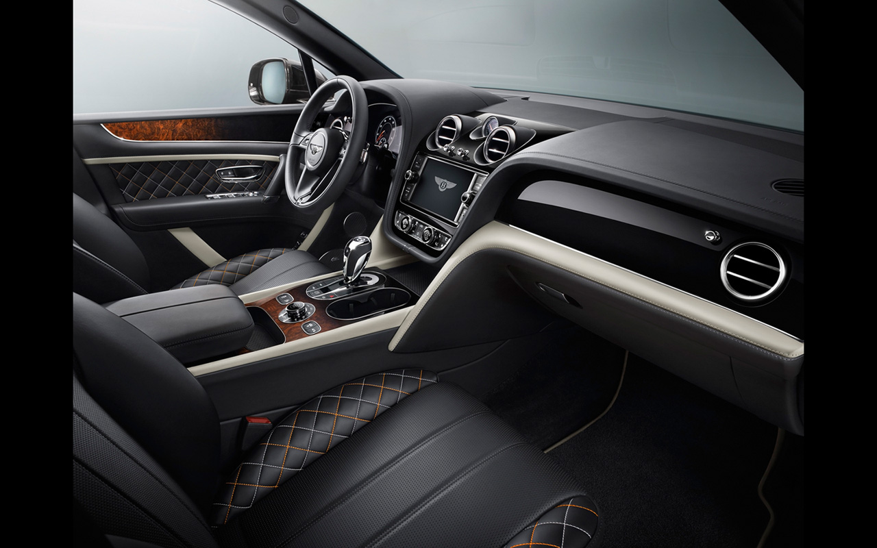 2017-Bentley-Bentayga-Mulliner-Interior-1-1280x800