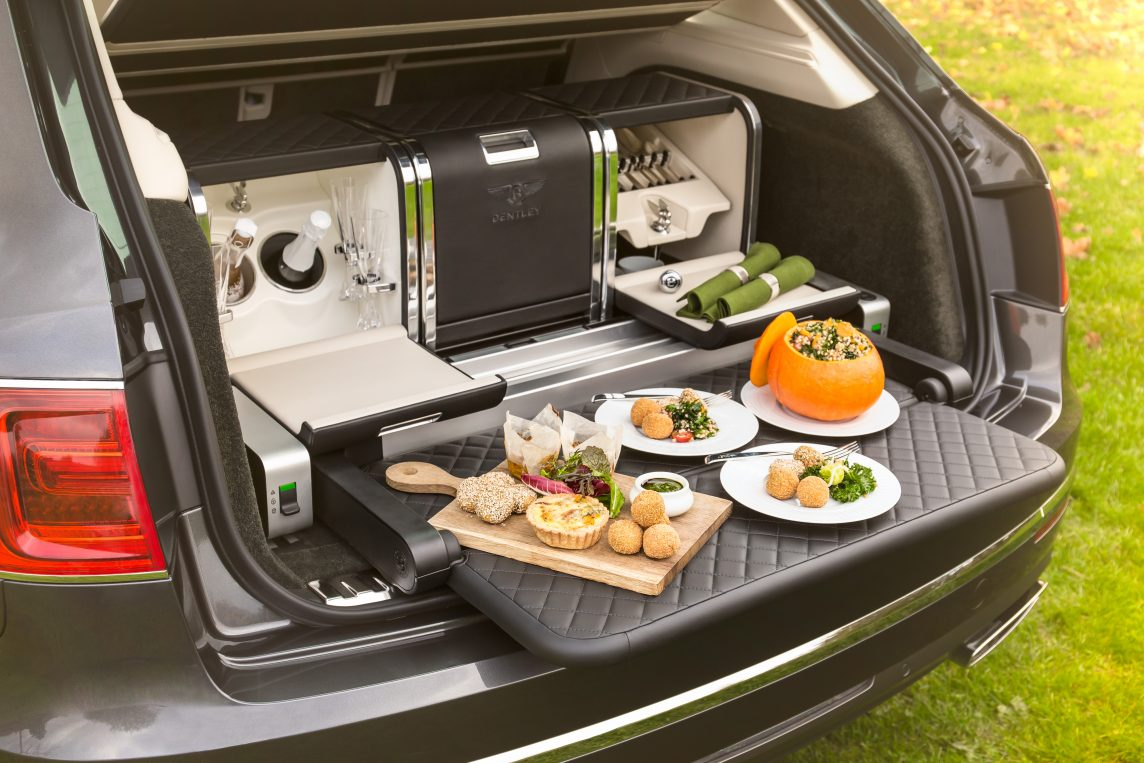 Bentley-creates-luxurious-seasonal-picnic-hamper-for-Linley-Hamper-by-Mulliner-01-1144x763