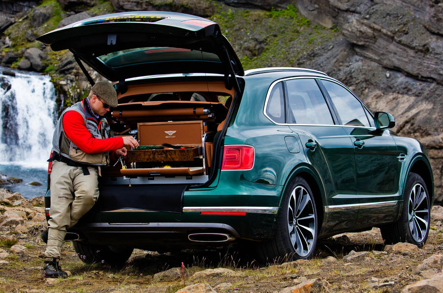 bentley_bentayga_fly_fishing_by_mulliner_-_the_ultimate_angling_accessory_1